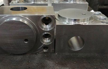 Atelier USINEX | Composantes hydrauliques pour ascenseur
